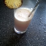 Schaumkuss-Erdbeer-Shake im Glas